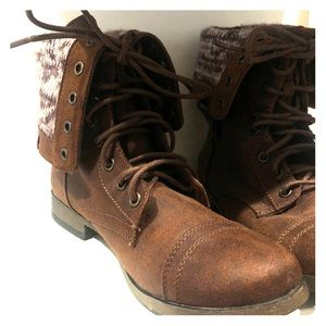 Brown Lace-up Knit Combat Boots